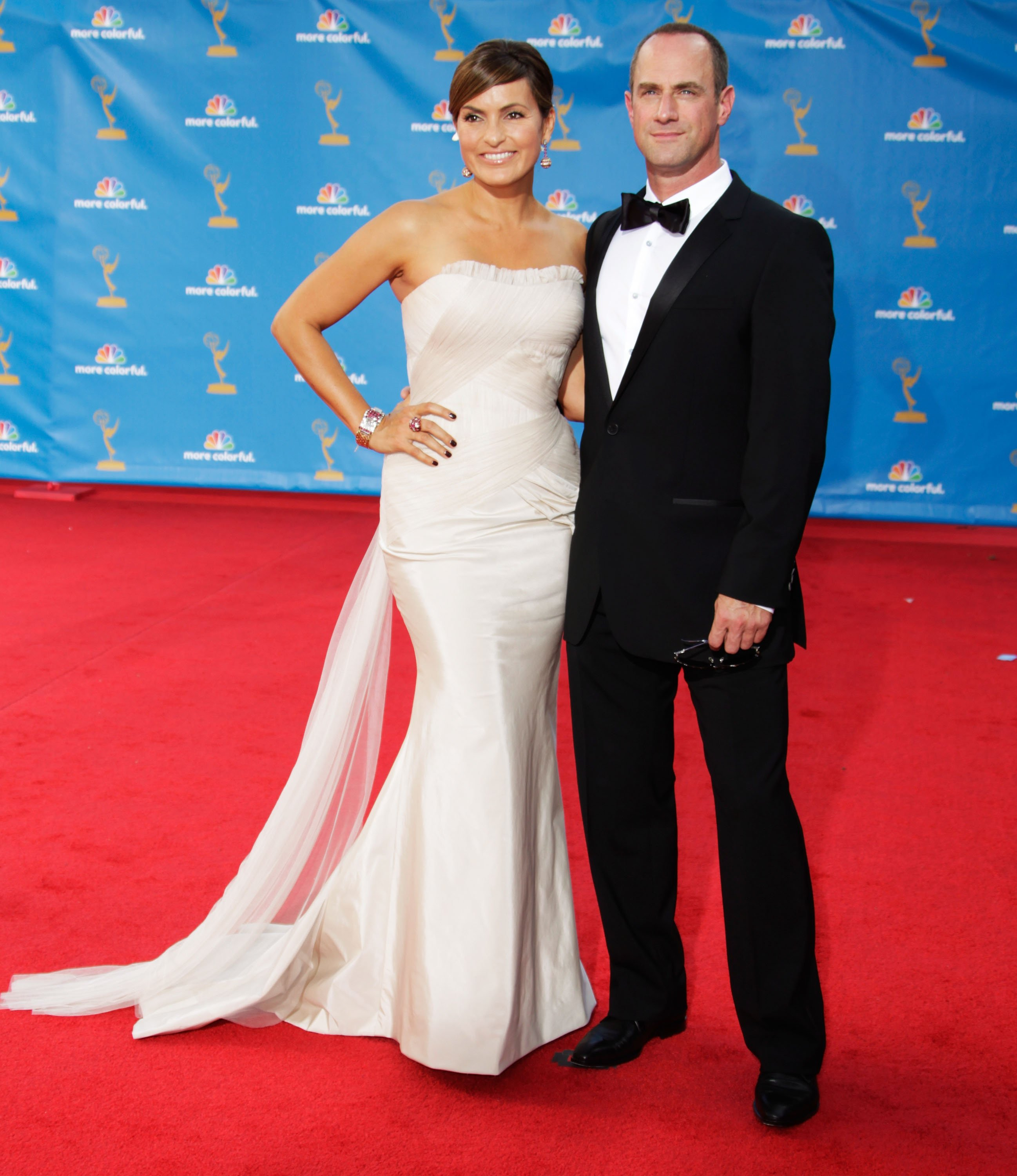 Mariska Hargitay and Christopher Meloni arrives at the 62nd Annual Primetime Emmy Awards held at the Nokia Theatre L.A. Live on August 29, 2010  | Photo: GettyImages