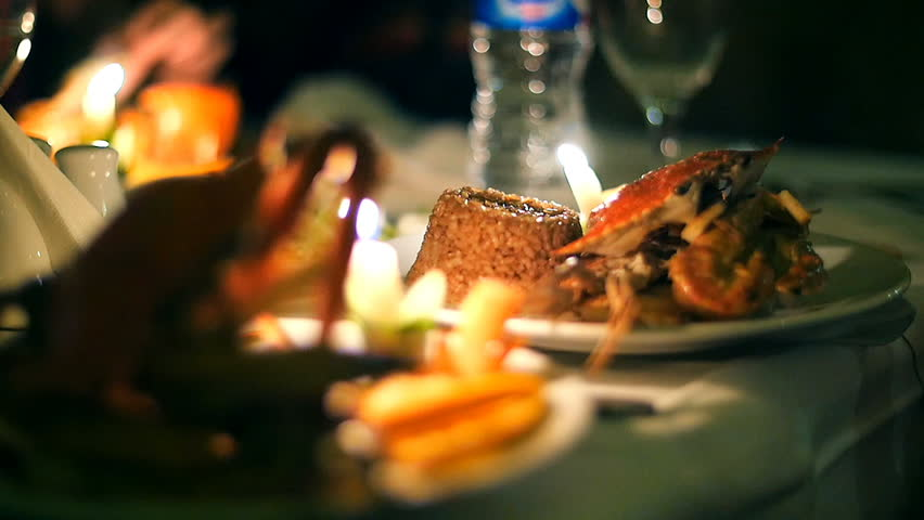 Seafood served at a seafood restaurant | Photo: Shutterstock