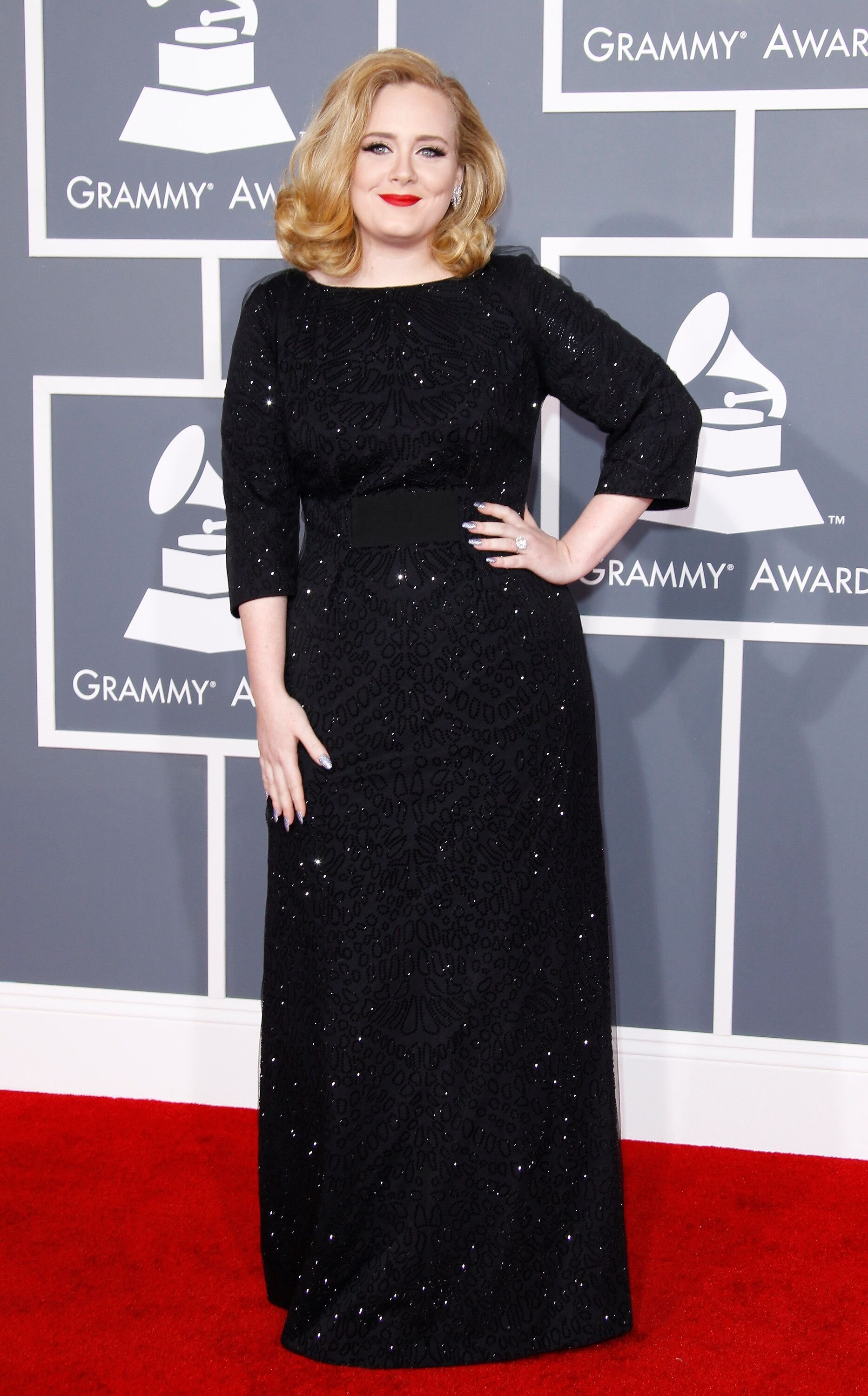 LOS ANGELES, CA - FEBRUARY 12: Singer Adele arrives at the 54th Annual GRAMMY Awards held at the Staples Center on February 12, 2012 in Los Angeles, California. (Photo by Dan MacMedan/WireImage)