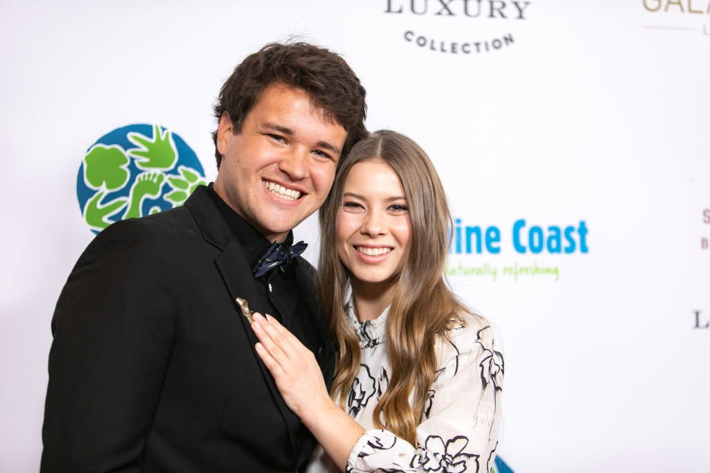 Chandler Powell and Bindi Irwin at the Steve Irwin Gala Dinner at SLS Hotel on May 04, 2019   Photo: Getty Images