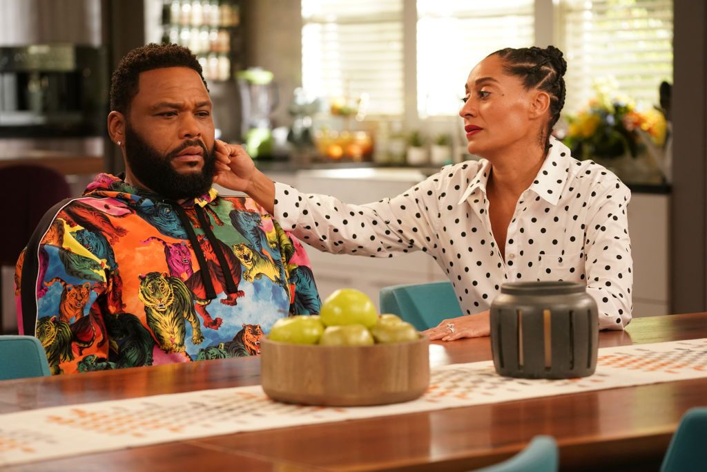 """Tracy Ellis Ross and actor Anthony Anderson during a scene on """"Black-ish"""" on May, 2020. 