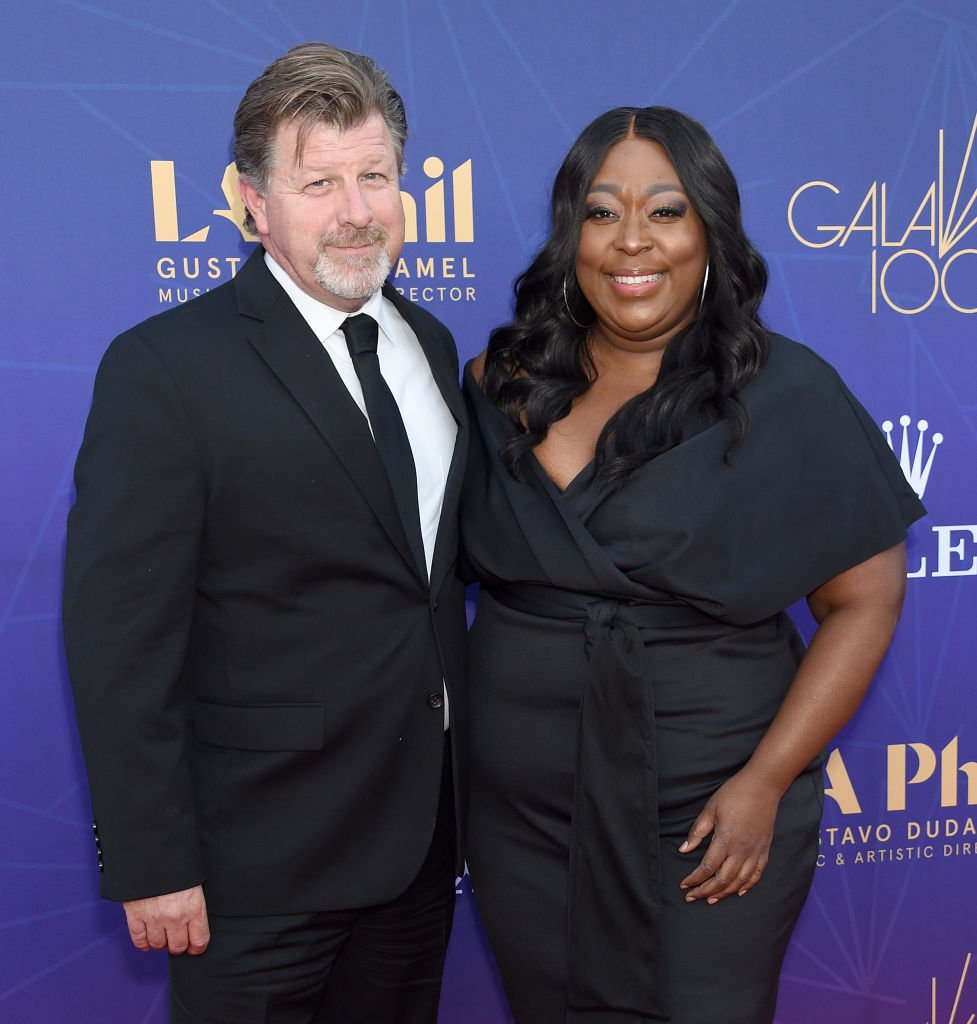 James Welsh and Loni Love arrive at The Los Angeles Philharmonic Centennial Birthday Celebration Concert And Gala at Walt Disney Concert Hall | Photo: Getty Images