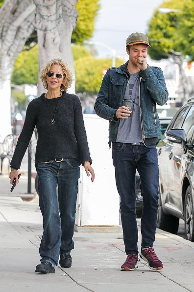 Meg Ryan and son Jack Quaid are seen on January 19, 2016 in Los Angeles, California | Photo: Getty Images