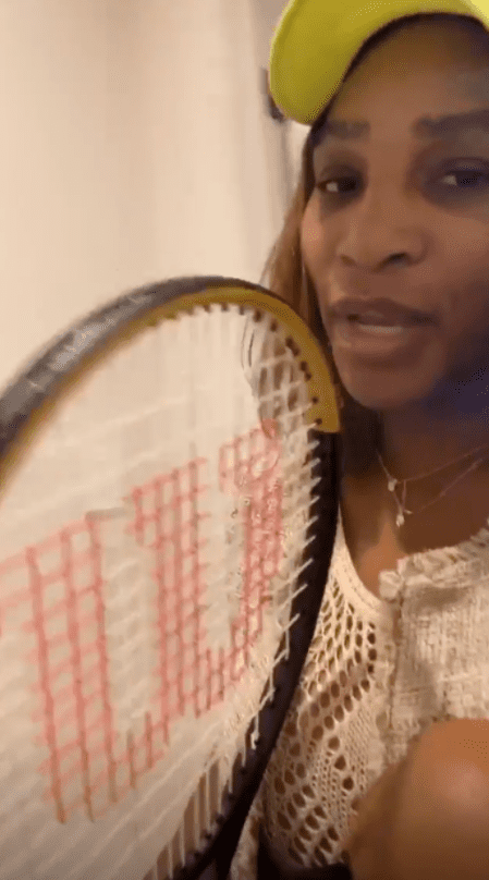 Serena Williams showing off Olympia's tennis racket in a photo.  | Photo: Instagram/Serenawilliams
