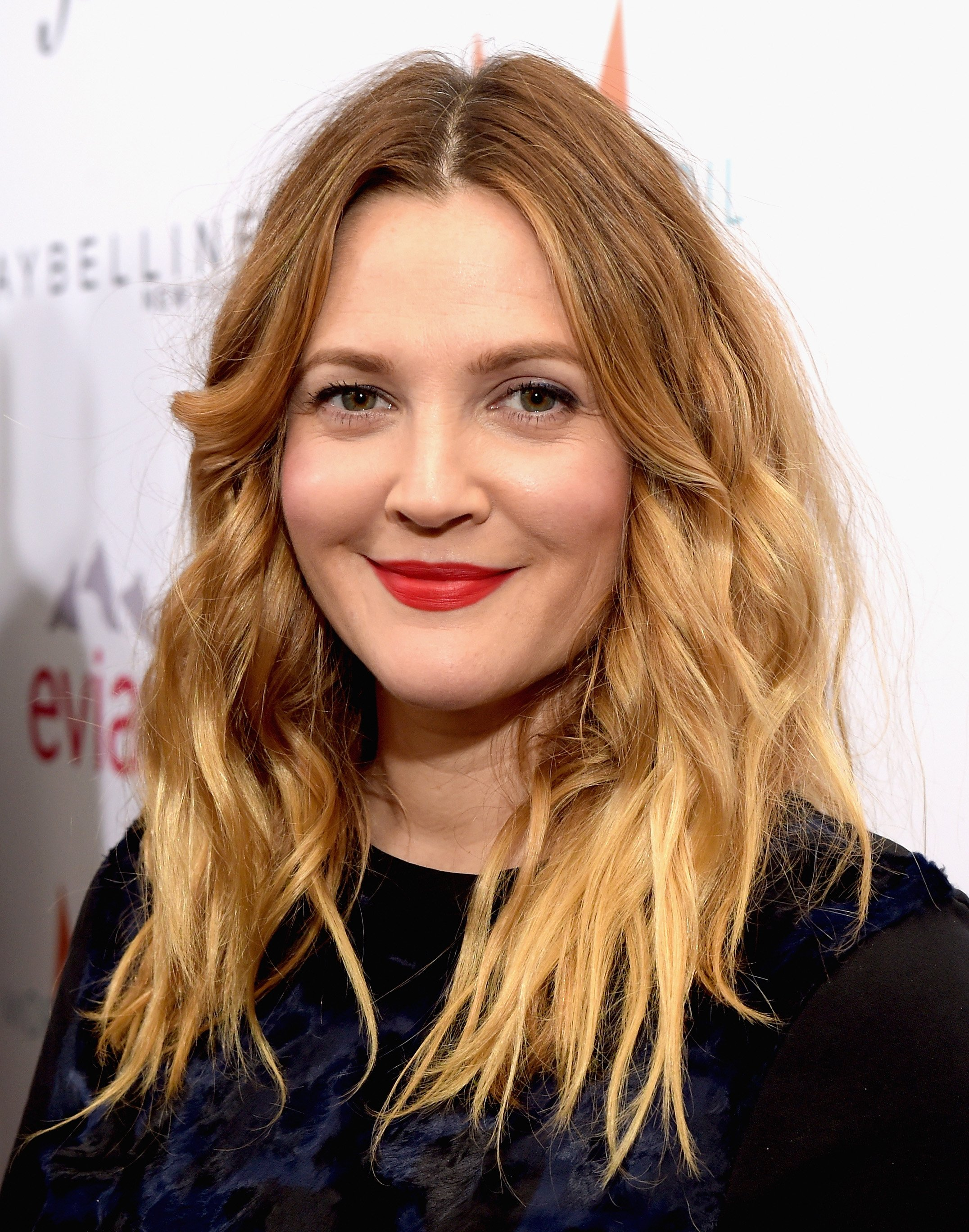 """Actress Drew Barrymore attends The DAILY FRONT ROW """"Fashion Los Angeles Awards"""" Show at Sunset Tower on January 22, 2015 in West Hollywood, California. 