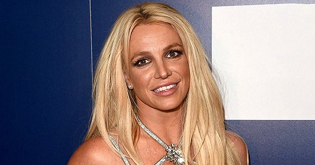 Britney Spears Shares Youthful Barefaced Selfie Wearing Only Mascara