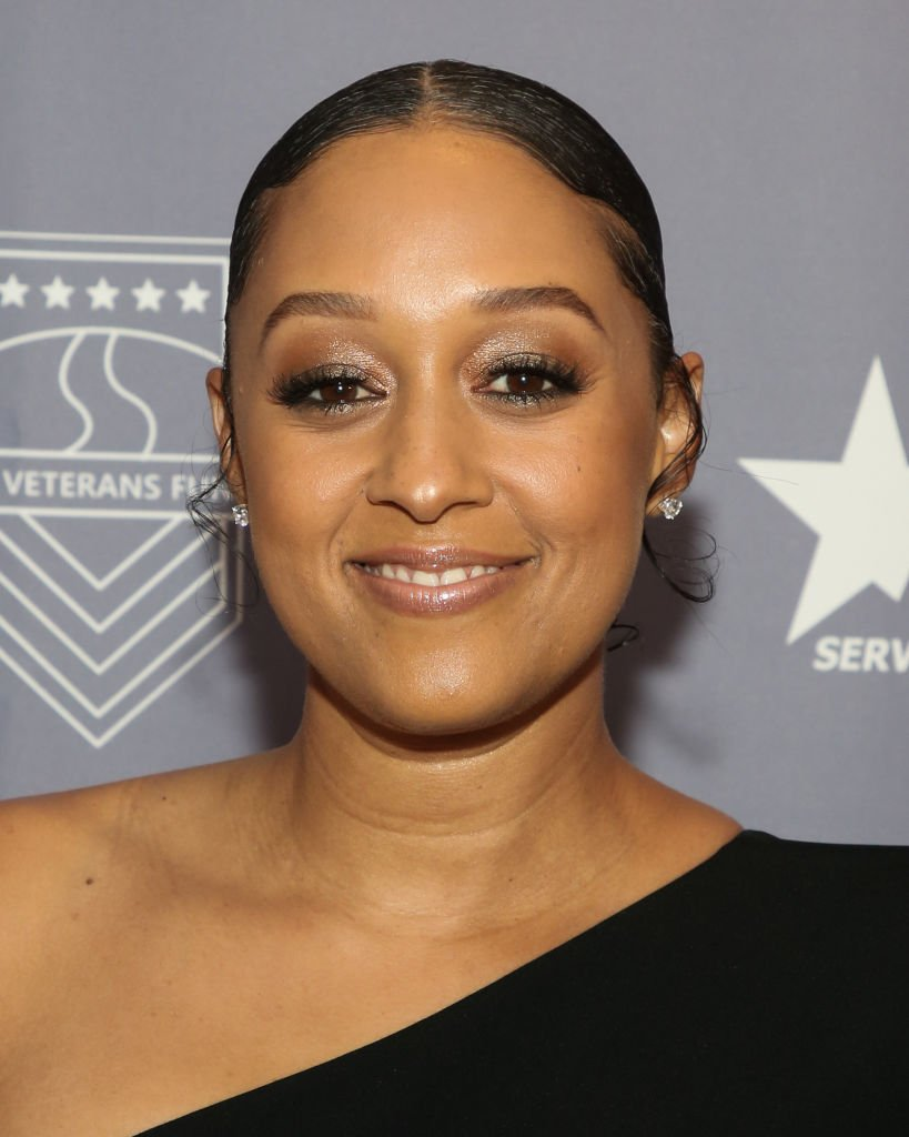 Actor Tia Mowry attends the 2019 U.S. Vets Salute Gala at The Beverly Hilton Hotel | Photo: Getty Images