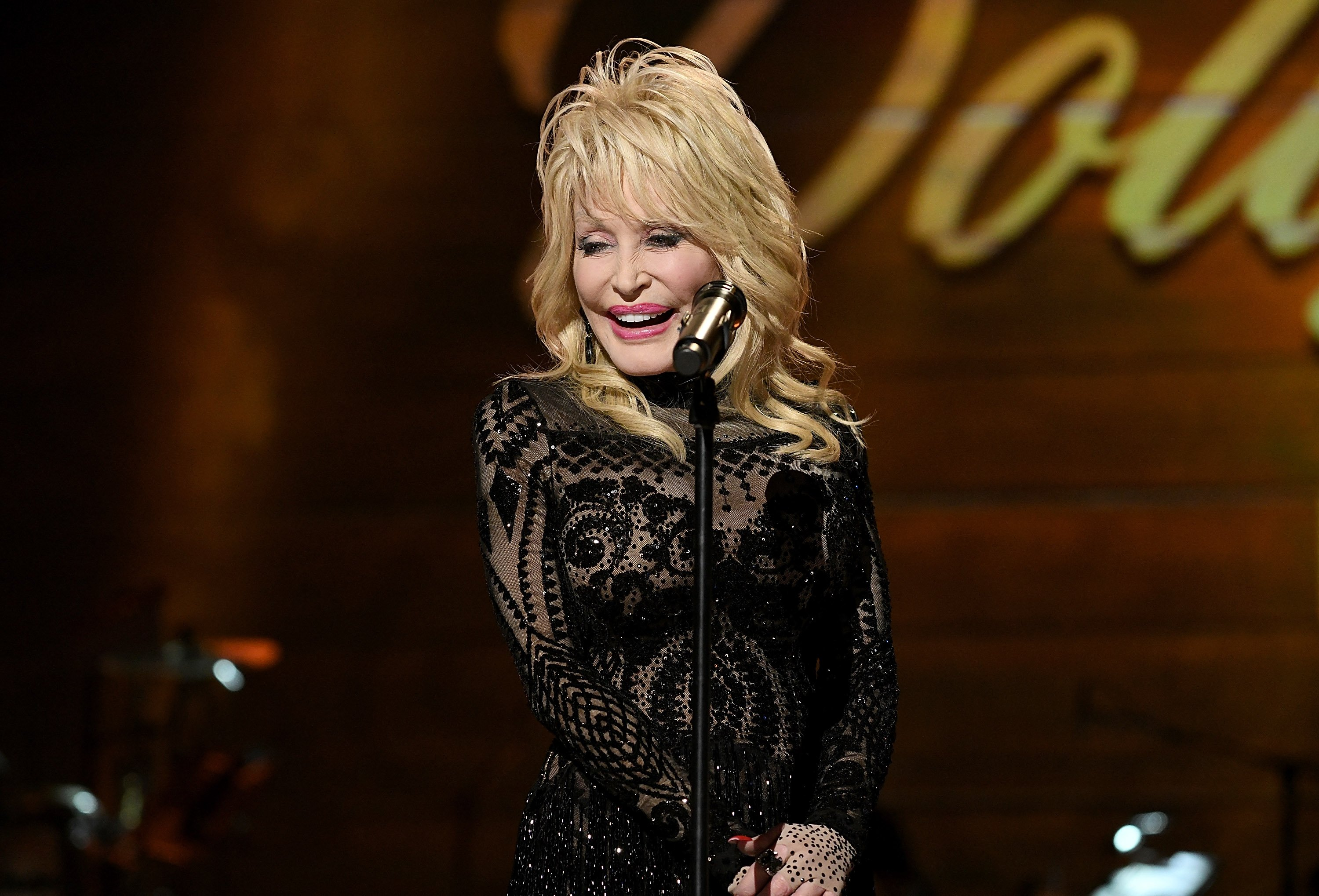Dolly Parton accepted the 2019  MusiCares Person of the Year Award, in February 2019, Los Angeles, California. | Photo Getty Images