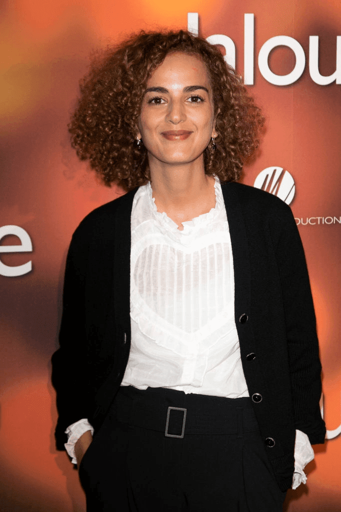 "PARIS, FRANCE - 06 NOVEMBRE : La journaliste et écrivaine Leïla Slimani assiste à la première de ""Jalouse"" au cinéma Pathe Beaugrenelle le 6 novembre 2017 à Paris, France. 
