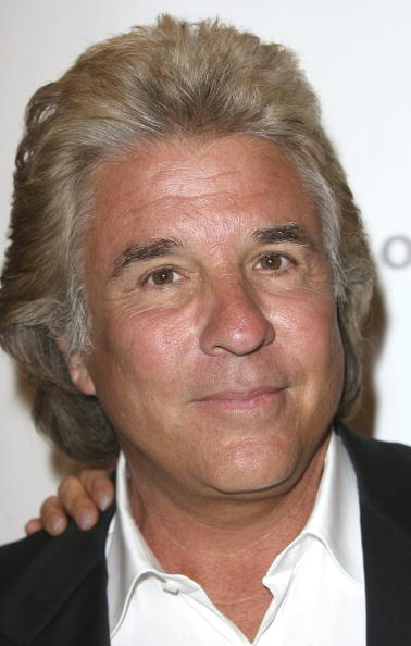 Producer Jon Peters attends the Second Annual Christopher Reeve Foundation Celebration at the Beverly Hilton Hotel on September 27, 2006 in Beverly Hills, California | Photo: Getty Images