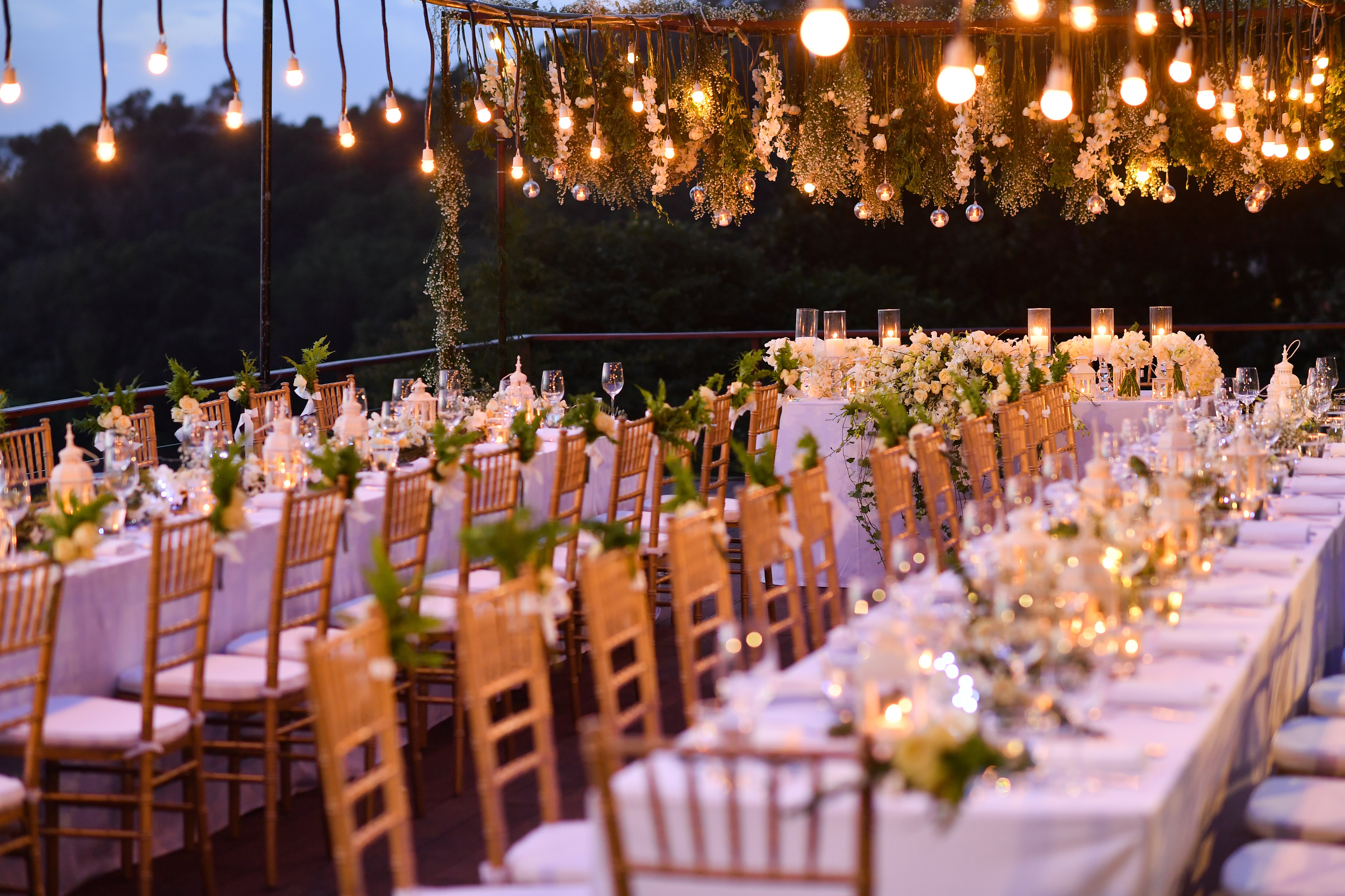 Dinner tables for the wedding guests   Photo: Shutterstock