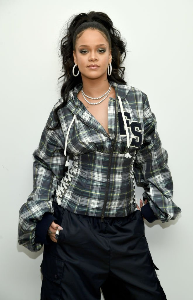 Rihanna hosts a pep rally to celebrate the launch of the AW17 FENTY PUMA by Rihanna collection at Bloomingdales | Photo: Getty Images