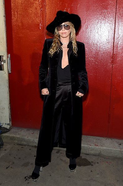 Miley Cyrus attends the Tom Ford arrivals during New York Fashion Week in New York City | Photo: Getty Images