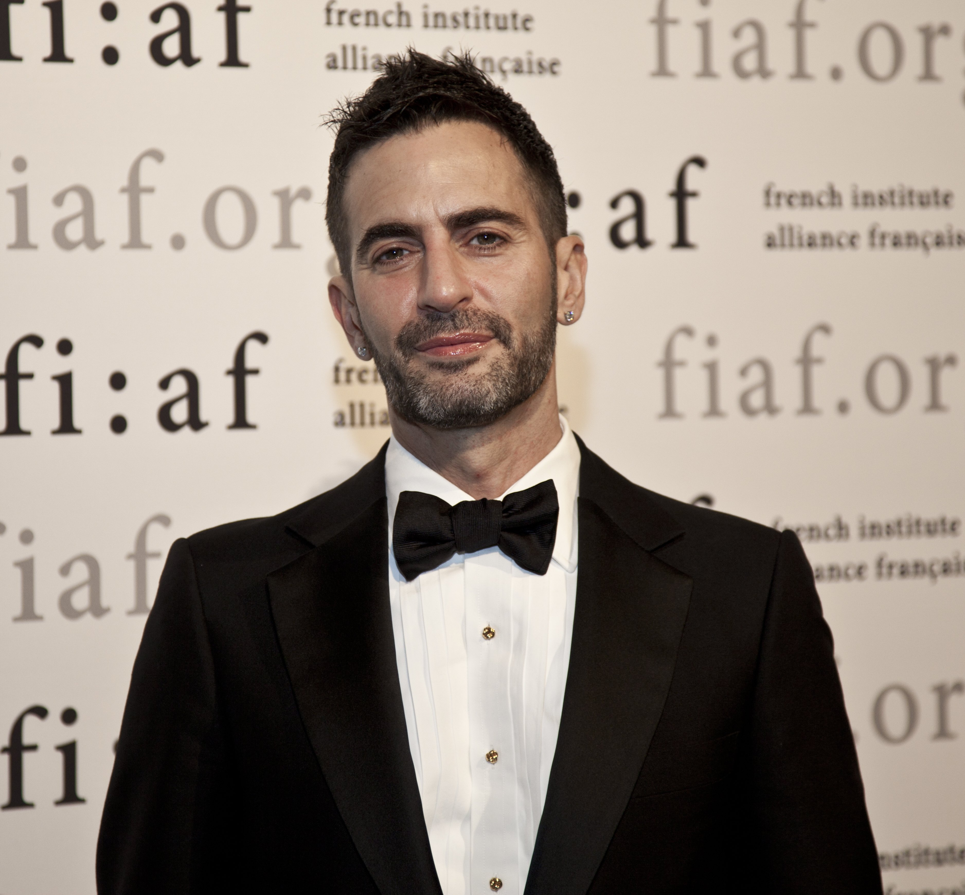 Fashion designer Marc Jacobs arrives at the 2010 FIAF Trophee des Arts presentation at the Plaza hotel on December 09, 2010 in New York City | Photo: Shutterstock