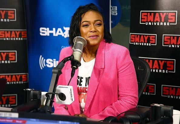 Actress Tatyana Ali visits the SiriusXM studios in New York City on November 20, 2018 | Photo: Getty Images
