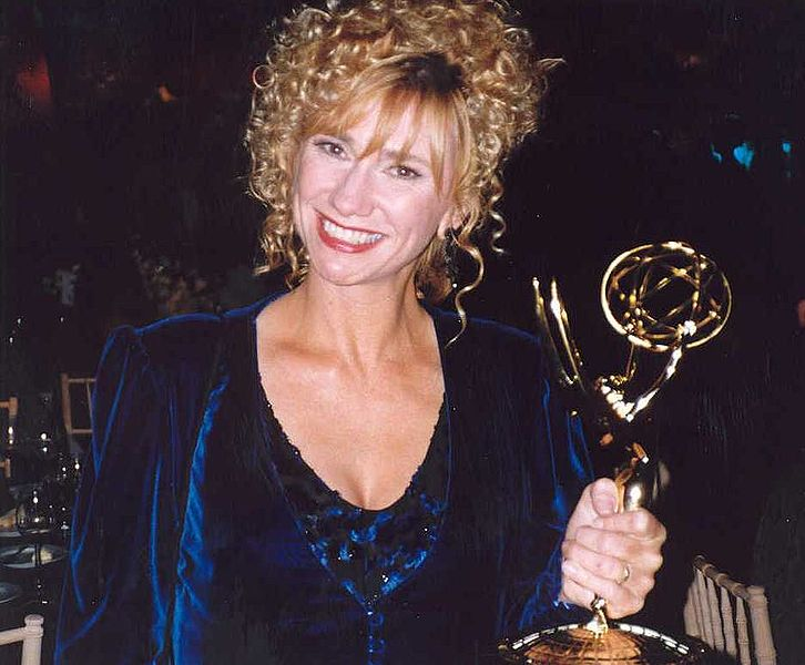 Kathy Baker holds up her award at the 45th Emmy Awards - Governor's Ball. | Source: Wikimedia Commons