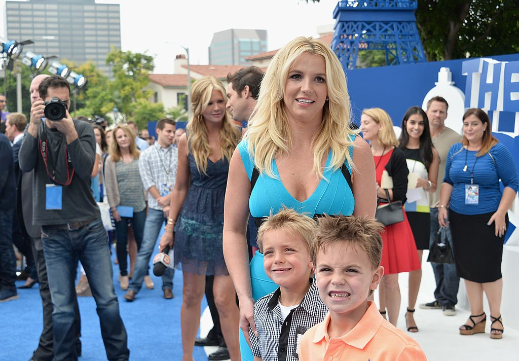 """Britney Spears, Jayden Federline, and Sean Federline at the premiere of Columbia Pictures' """"Smurfs 2,"""" July 2013 