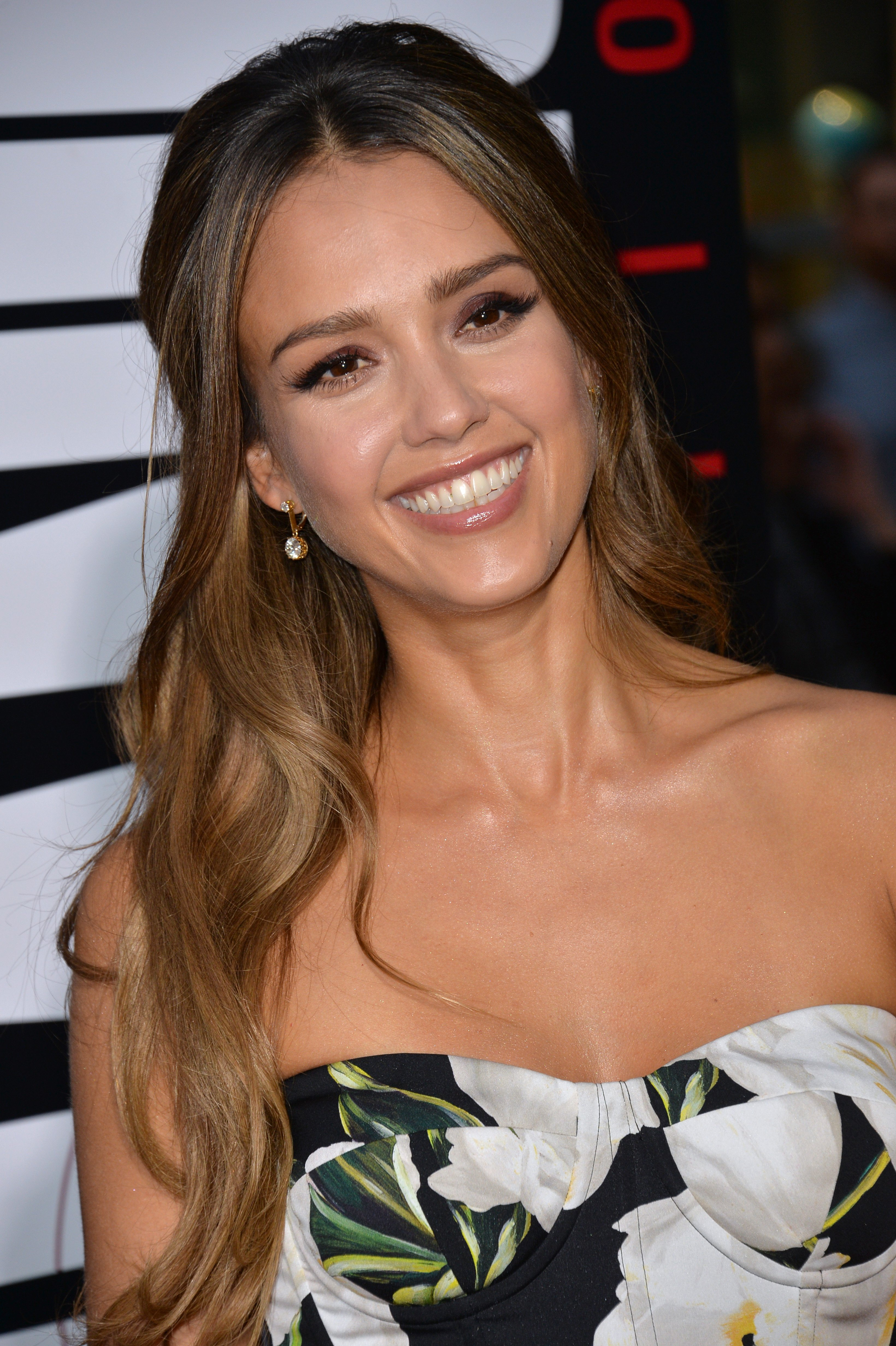 "Source: Jessica Alba at the Los Angeles premiere of ""Mechanic: Resurrection"" on August 22, 2016 at the Arclight Theatre, Hollywood"