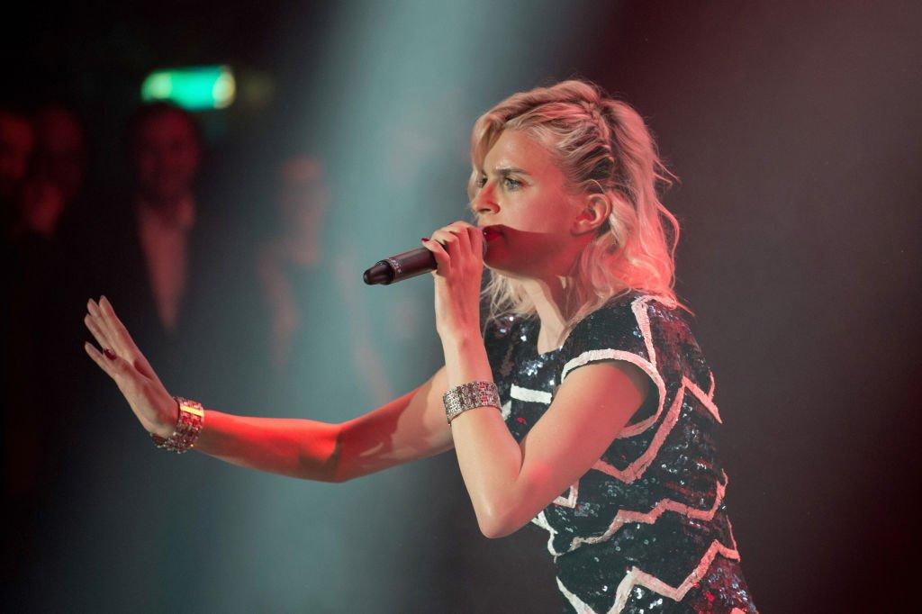 Cécile Cassel en concert en 2017. l Source : Getty Images