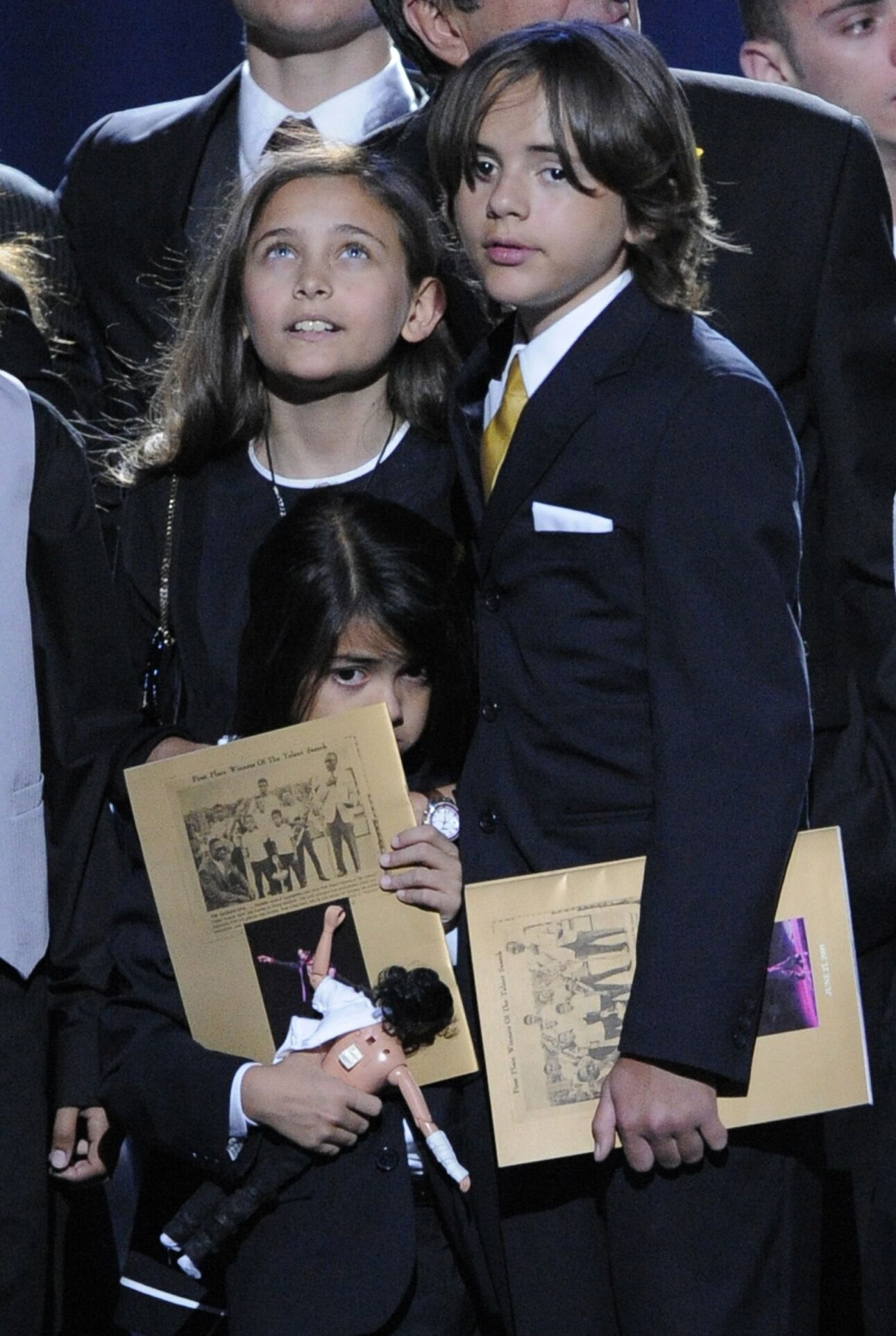 Paris Jackson, Prince Michael Jackson I and Prince Michael Jackson II onstage at the Michael Jackson public memorial service in July, 2009 | Source; Getty Images