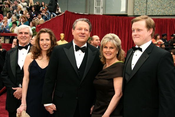 Kristin Gore, Al Gore, his wife Tipper and son Al Gore III at the Kodak Theatre on February 25, 2007 in Hollywood, California   Photo: Getty Images