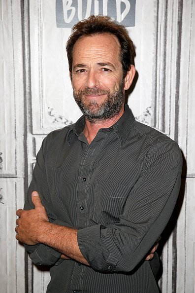 Luke Perry au Build Series à New York. | Photo : Getty Images