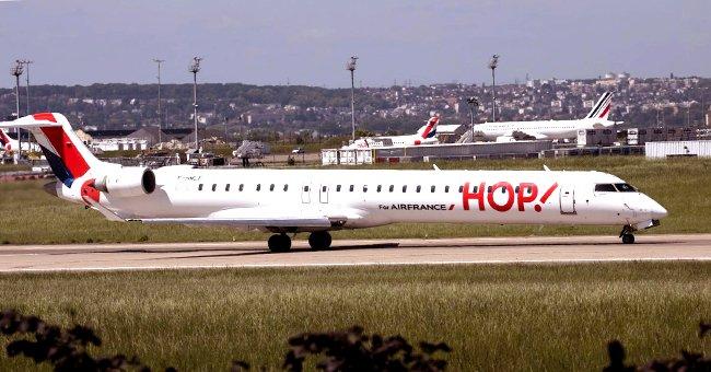 La photo de l'avion Hop!, filiale d'Air France  Source: Wikipedia