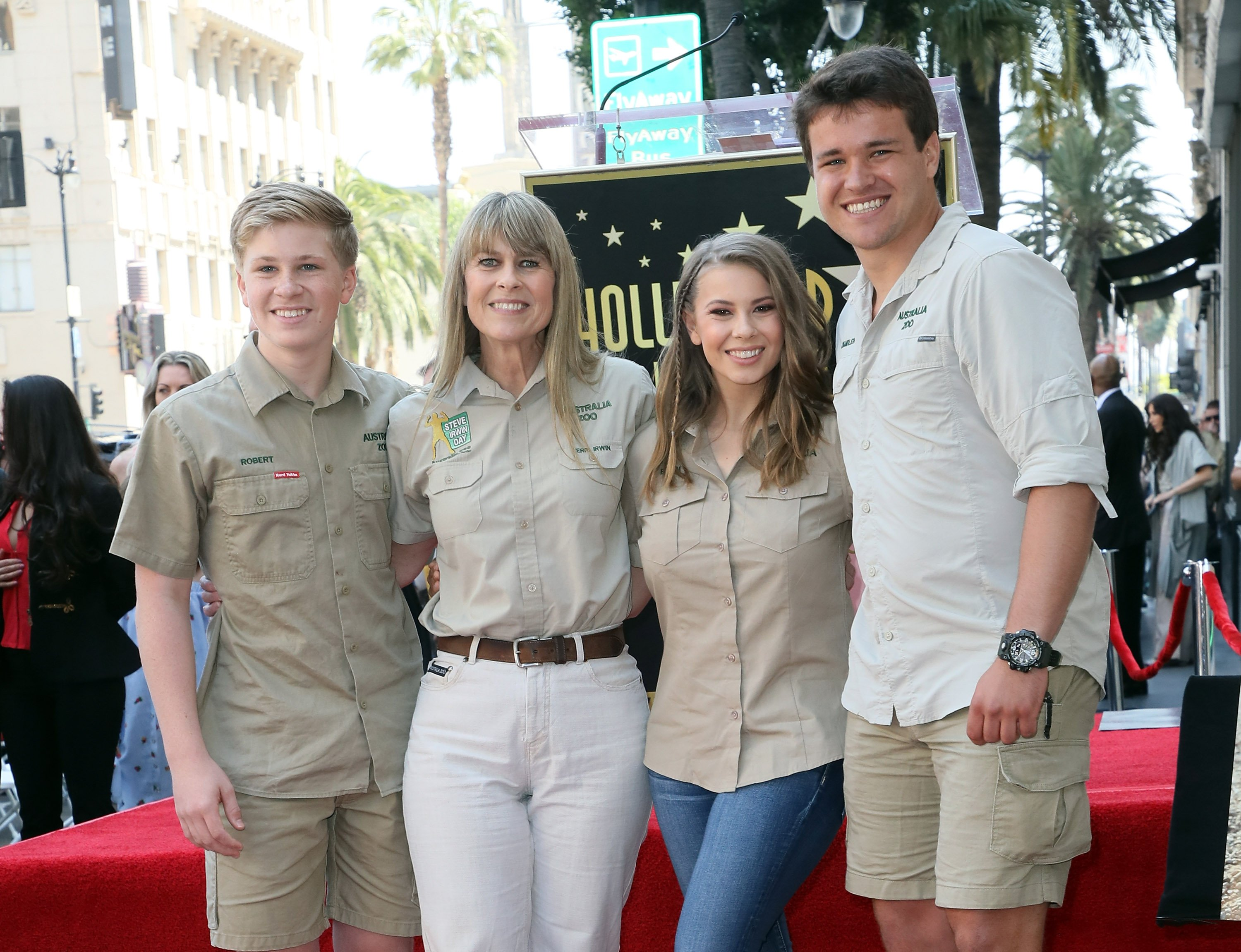 Conservationists/TV personalities Robert Irwin, Terri Irwin and Bindi Irwin and wakeboarder Chandler Powell attend Steve Irwin being honored posthumously with a Star on the Hollywood Walk of Fame on April 26, 2018|Photo: Getty Images