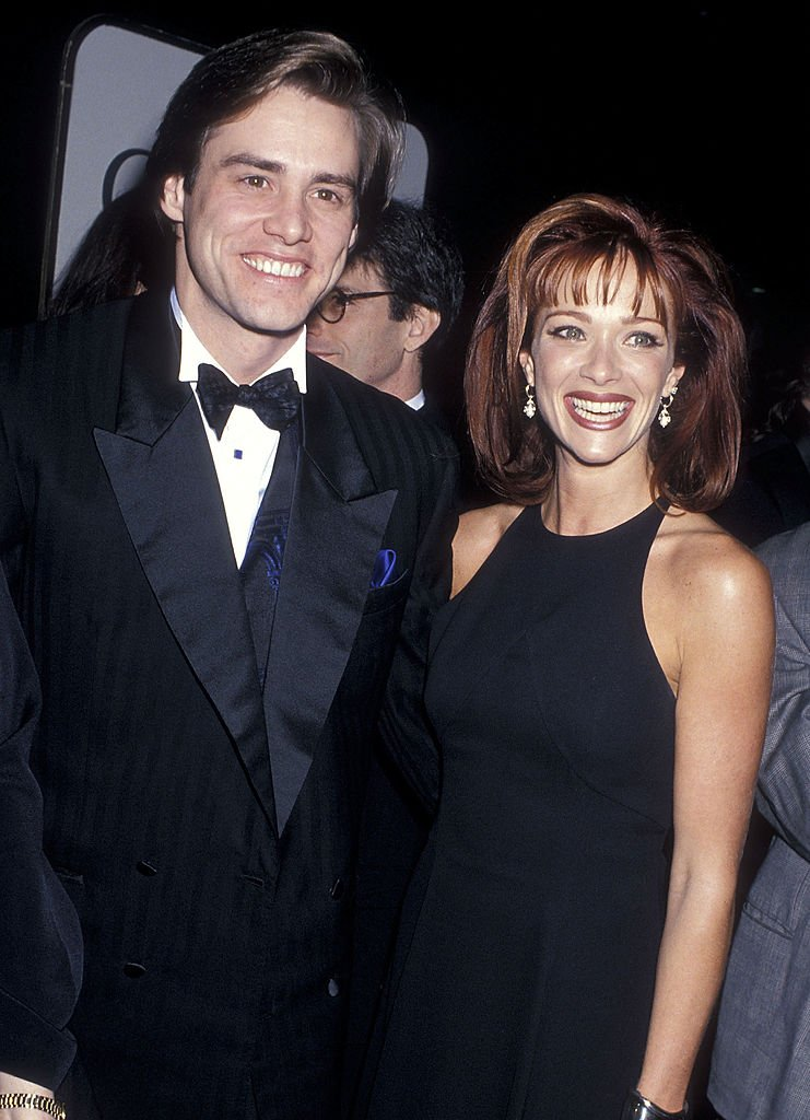 Jim Carrey and Lauren Holly at the 52nd Annual Golden Globe Awards on January 21, 1995   Photo: Getty Images