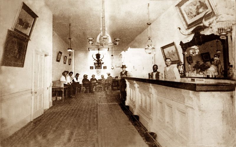 Real life photo of the Long Branch Saloon taken in 1870 | Source: Wikimedia