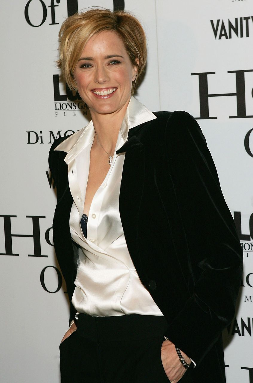 "Tea Leoni nimmt an der Filmpremiere des Films ""House Of D"" im Loews Lincoln Square Theater am 10. April 2005 in New York City teil. 