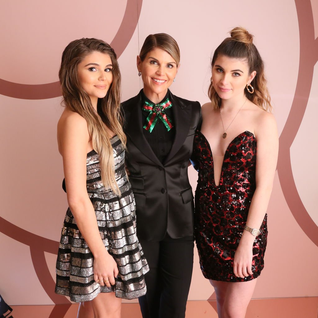 Olivia Jade Giannulli, Lori Loughlin and Isabella Rose Giannulli celebrates the Olivia Jade X Sephora Collection Palette Collaboration. | Photo: Getty Images