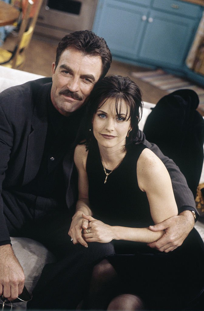 """Tom Selleck and Courtney Cox pictured on the set of """"Friends,"""" season 2, episode 15.   Photo: Getty Images"""