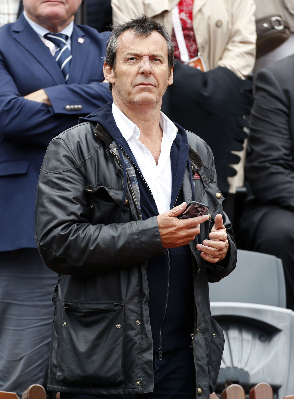 Jean-Luc Reichmann assiste à la huitième journée de Roland Garros au stade de Paris, en France. | Photo : Getty Images