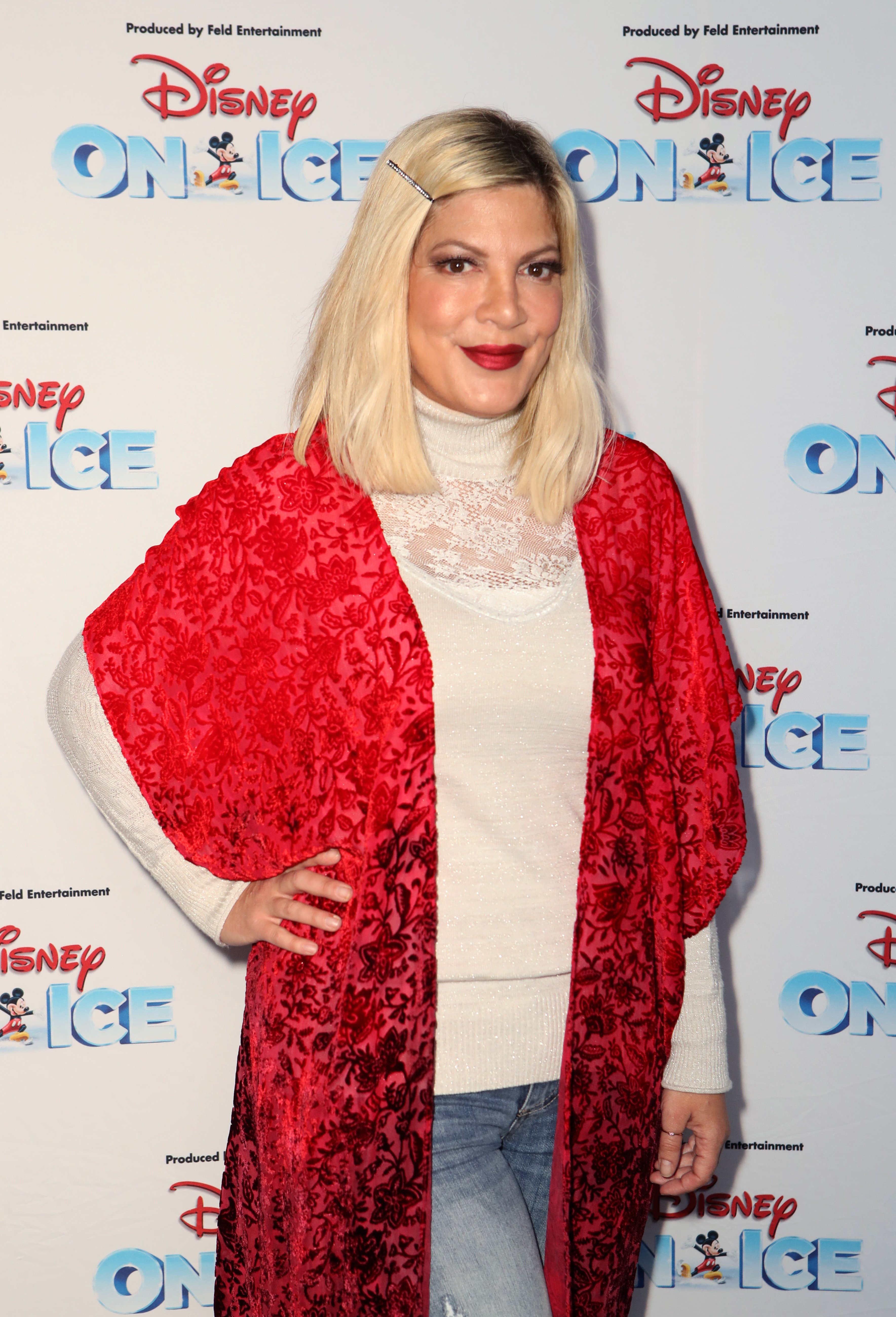Tori Spelling at the Disney On Ice event at the Staples Center, October, 2019. | Photo: Getty Images.