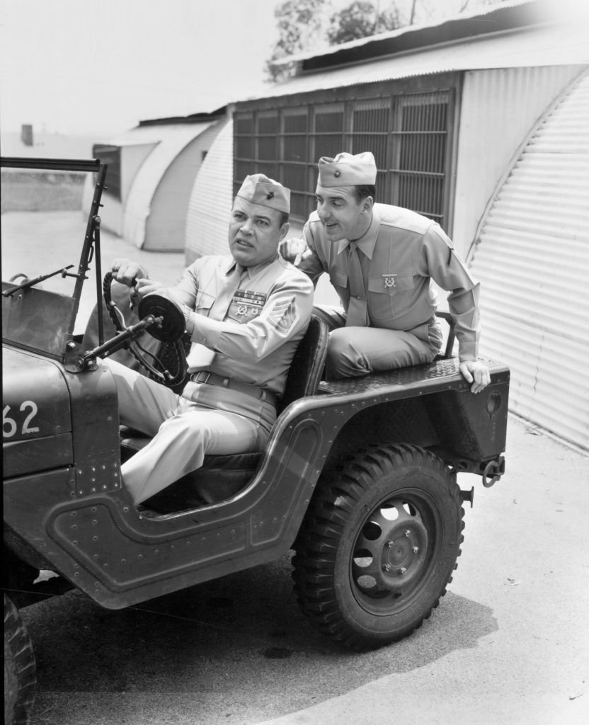 """Frank Sutton (as Sergeant Vince Carter) and Jim Nabors (as Private Gomer Pyle) on """"Gomer Pyle,"""" on June 14, 1965. 