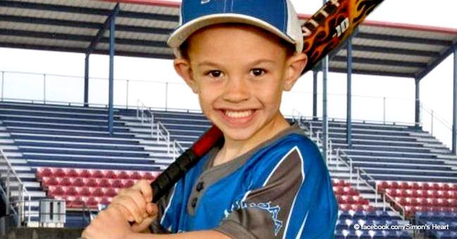 Un garçon de 6 ans meurt tragiquement en attendant de prendre une photo de son équipe de baseball