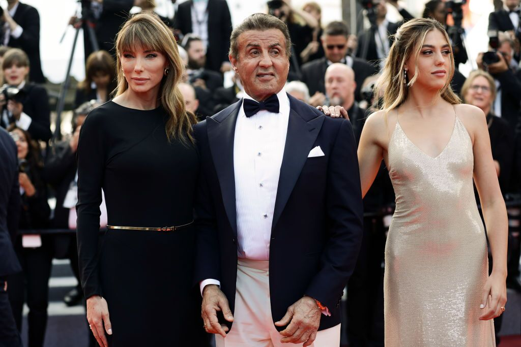 "Jennifer Flavin, Sylvester et Sophia Rose Stallone lors de la projection de la cérémonie de clôture de ""The Specials"" 