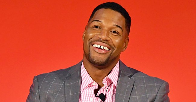 Michael Strahan Poses for a Selfie in Matching Green Outfits with His Look-Alike Twin Daughter
