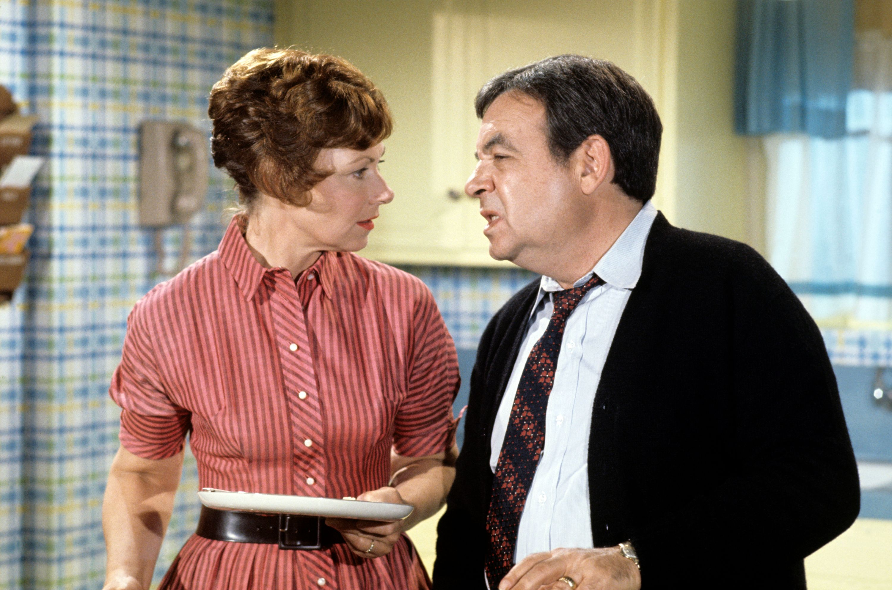"""Marion Ross (Marion) and Tom Bosley (Howard) on """"All the Way"""" Season 1, circa 1974. 
