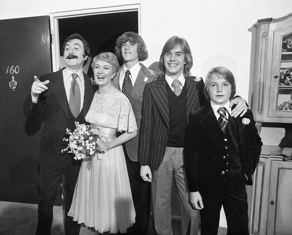 Shirley Jones and Marty Ingels are joined by Jones's son Patrick, Shaun, and Ryan Cassidy following their wedding at the Bel Air Hotel in 1977. | Photo: Getty Images