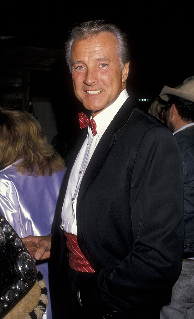 Actor Lyle Waggoner attends Los Angeles Equestrian Center Horse Show on March 17, 1990 in Los Angeles, California.| Photo: Getty Images