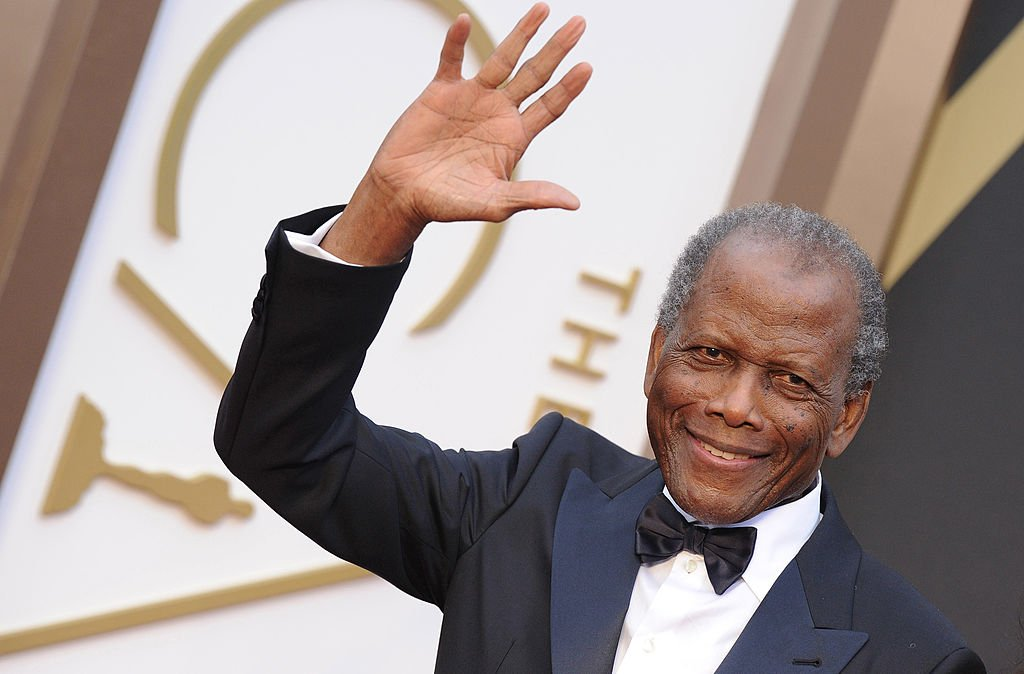 Actor Sidney Poitier arrives at the 86th Annual Academy Awards at Hollywood & Highland Center on March 2, 2014. | Photo: Getty Images