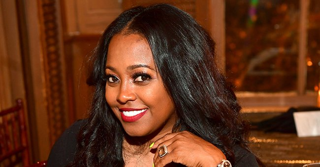 'Cosby Show' Star Keshia K Pulliam's Daughter Smiles & Poses in Grey Outfit (Photo)