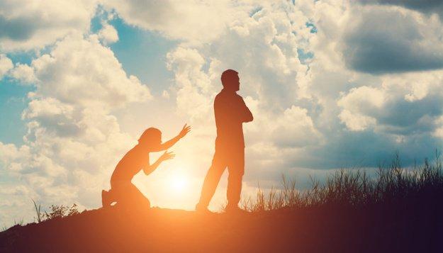 Le mari quitte sa femme après une liaison avec sa secrétaire beaucoup plus jeune