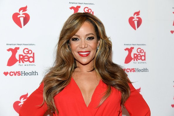 Sunny Hostin attends The American Heart Association's Go Red for Women Red Dress Collection 2020 at Hammerstein Ballroom on February 05, 2020 | Photo: Getty Images