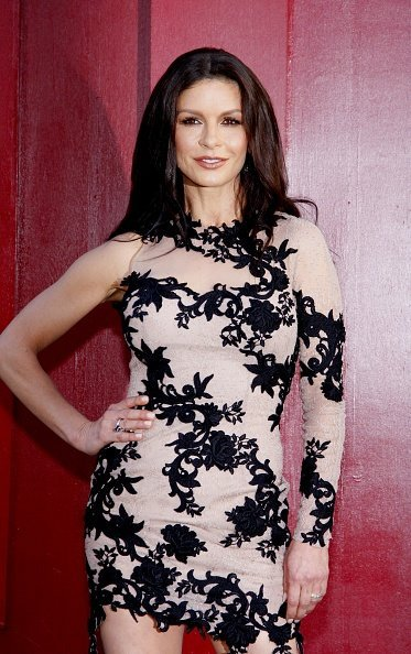 Catherine Zeta-Jones at the Grauman's Chinese Theater in Los Angeles on June 8, 2012. | Photo: Getty Images