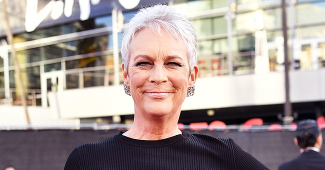 Jamie Lee Curtis from 'Knives out' Turned Heads on the 2019 AMAs Red Carpet with Her Elegant Black Look