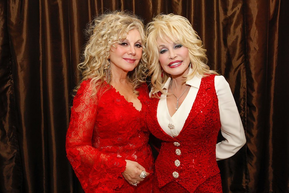 Stella and her older sister Dolly. I Image: Getty Images.