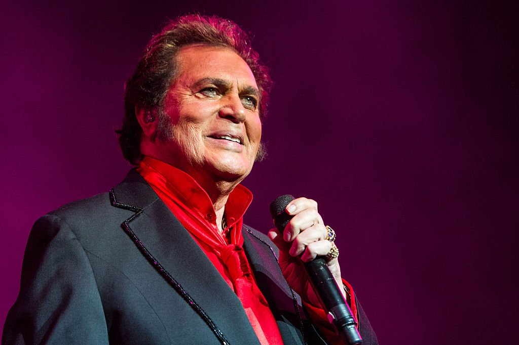 Engelbert Humperdinck performs at the Royal Albert Hall in London, England on May 29, 2015 | Photo: Getty Images